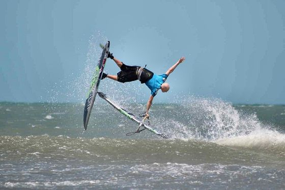 Andre Paskowski returns to freestyle windsurfing action