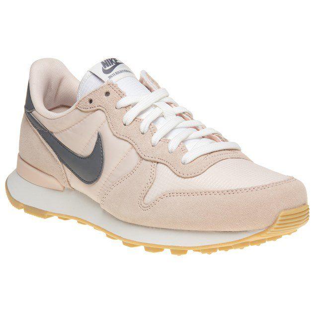 Nike Internationalist Trainers | Pink