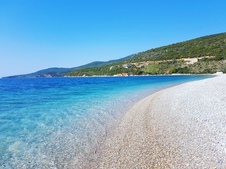 Mondays in paradise...🔝 Agios Dimitrios beach ☉🌊 🌍 www.angelosalonissos.com #angelos_apartments #alonissos #sporades #greece #beach #sun #sea #summer2017