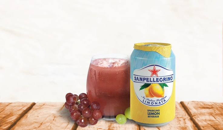 Santa Teclais a very elegant and feminine cocktail made with Limonata Sanpellegrino, perfect for serving as an aperitif. Learn how to make it!