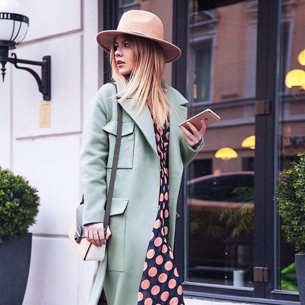 Фетровая шляпа песочного цвета дополняет любой весенний образ. Такие аксессуары незаменимы в гардеробе каждой модницы. @elenalentc делает акцент на платье в горох, а шляпа и пальто пастельных тонов подчёркивают цвет волос.#стильно #ootdmagazine #fashiongirl #styleblog #лук #bloggerstyle #образ #fashionlove #stylegram #фэшн #летнийнаряд #streetscene #блог #styleguide #instafashionist #блогер #leatherjacket #модныйблог #стритстайл #personalstyleblogger #asseenonme #советыстилиста #asosloves