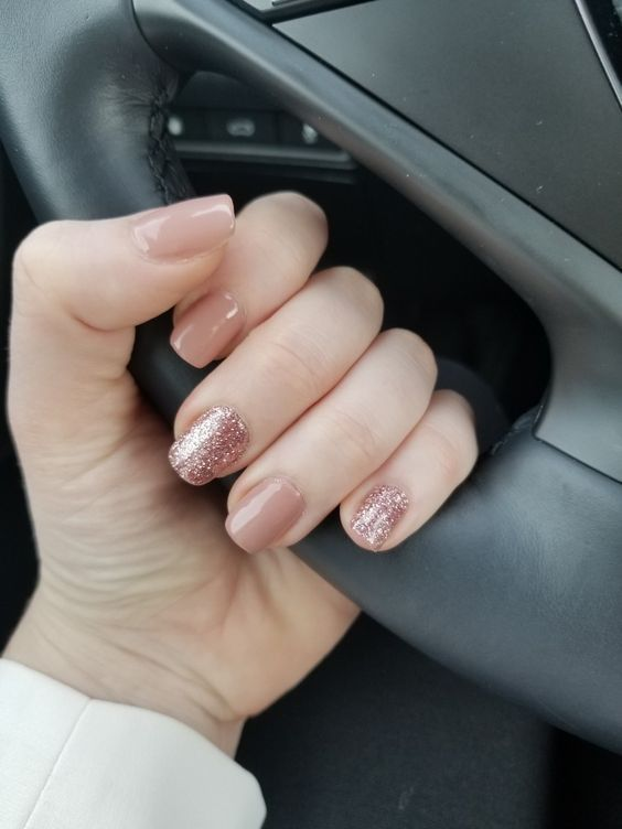 40 Attractive Sparkle Nails ideas to Highlight Normal Summer Outfit