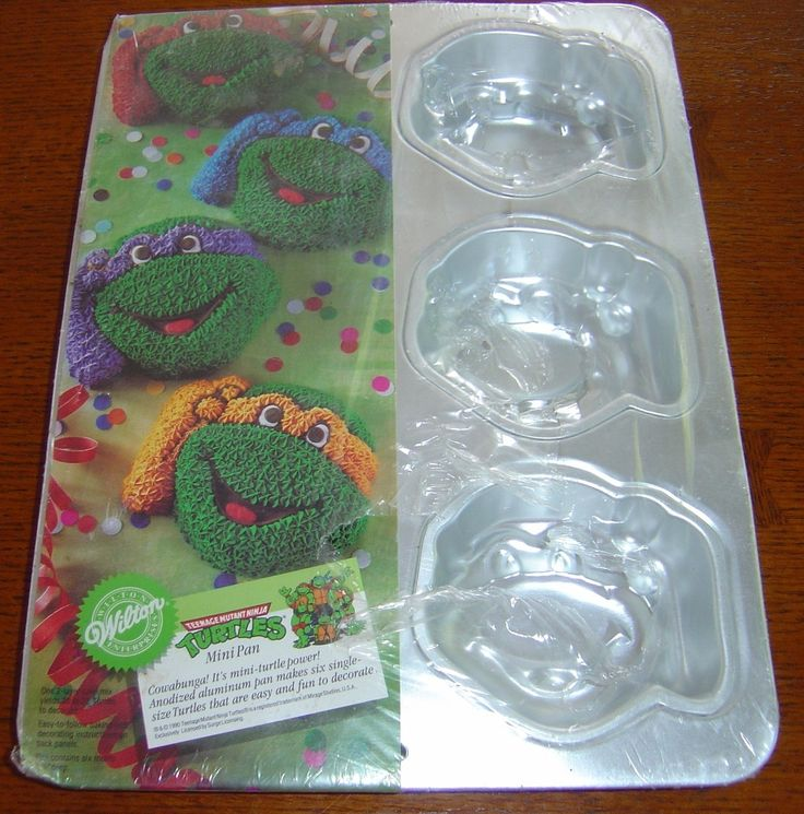 Wilton Mini Teenage Mutant Ninja Turtle Heads. New! Kelly, you should get this for Brayden!