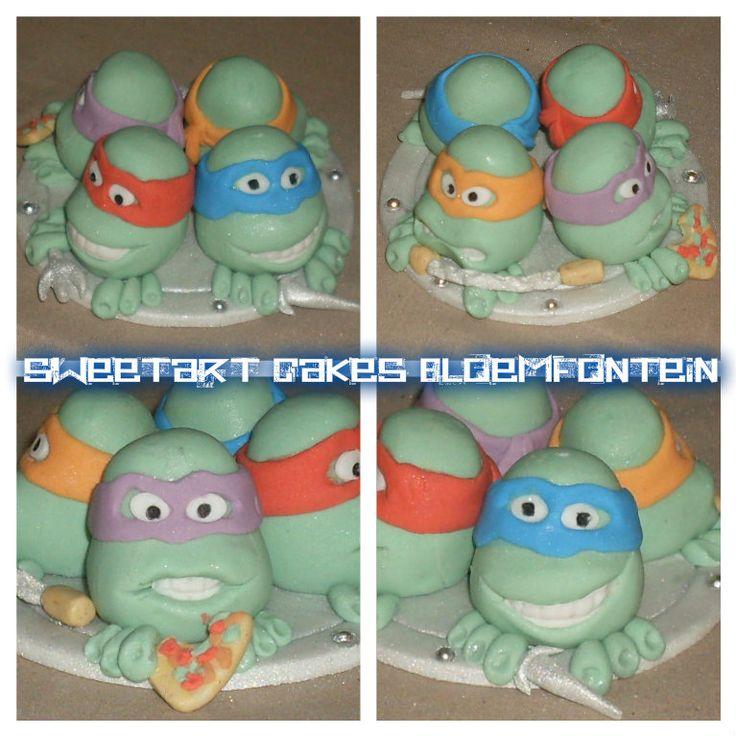 NINJA TURTLE CAKE TOPPER.   For more information & orders, email sweetartbfn@gmail.com or call 0712127786. Follow me on Facebook:  https://www.facebook.com/sweetart.bloemfontein