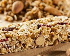Barres de céréales brûle-graisses maison : http://www.fourchette-et-bikini.fr/recettes/recettes-minceur/barres-de-cereales-brule-graisses-maison.html