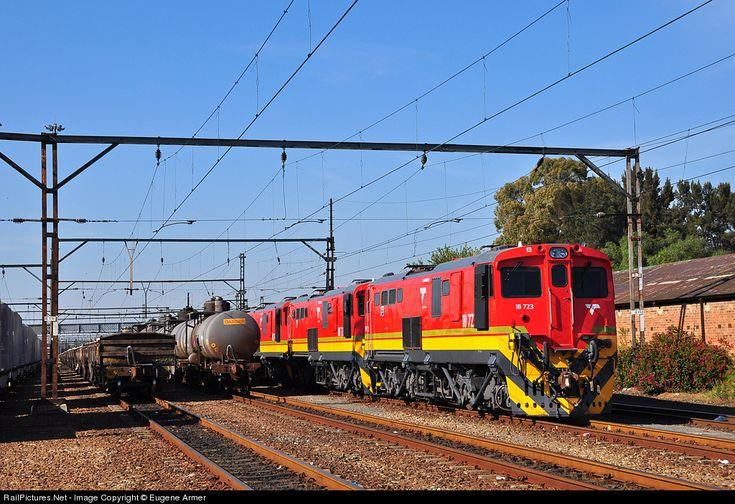 RailPictures.Net Photo: 18-723, 18-724, 18-701 Transnet Freight Rail Class 18E at Springs, Gauteng province, South Africa by Eugene Armer
