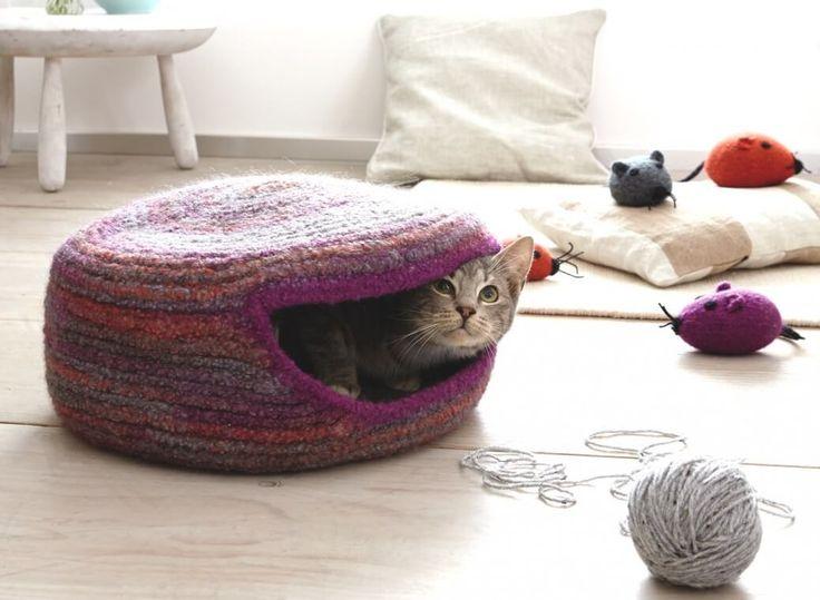 Gefilzte Katzenhöhle - Kostenlose Häkelanleitung