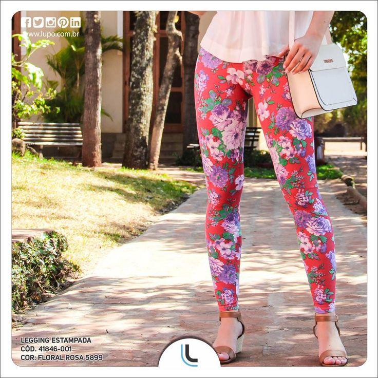 Perfeita para usar no verão, a legging Lupo estampada tem o poder de alegrar e iluminar qualquer look. Pronta para aderir à tendência?