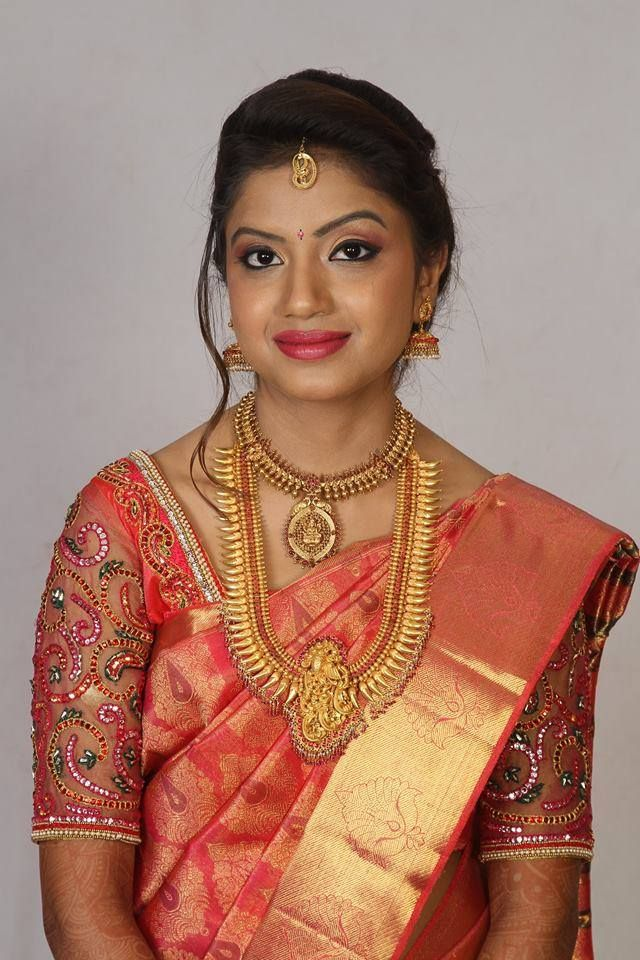 Traditional Southern Indian bride wearing bridal hair, saree and jewellery. Reception look. Makeup by Swank Studio. #BridalSareeBlouse #SariBlouseDesign Find us at https://www.facebook.com/SwankStudioBangalore