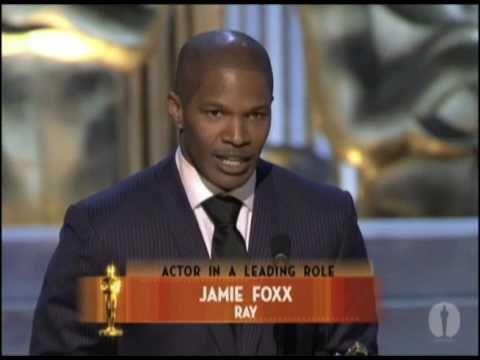 "Jamie Foxx winning Best Actor for ""Ray"" - YouTube"