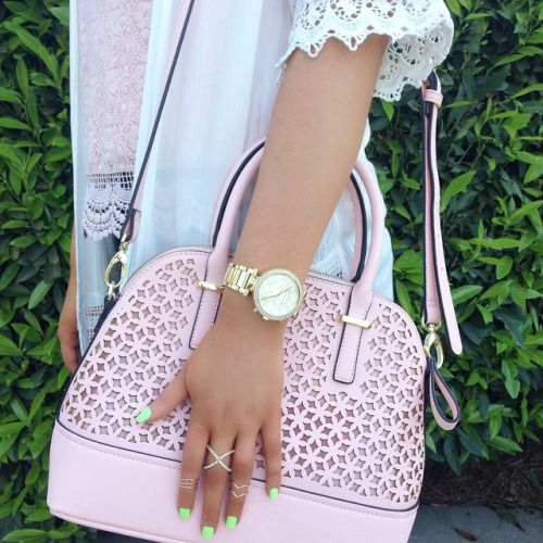 michael kors watch & pink bag & neon nails. I want it all!