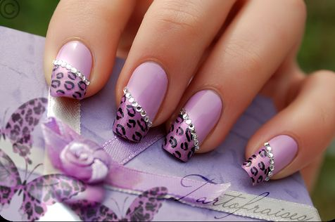 Gorgeous! but my nails will never be that long.