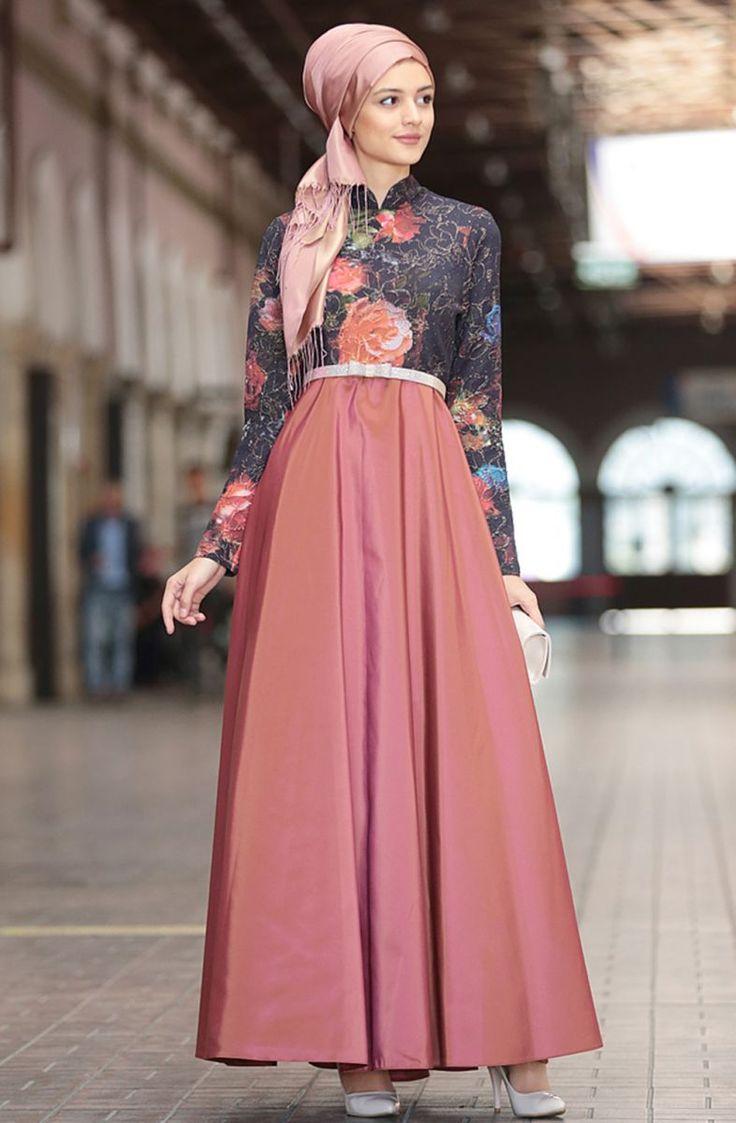 http://www.fulyan.com.tr/nilufer-kamacioglu-favori-abiye-elbise-201703101-gul-kurusu-279753-66-B.jpg