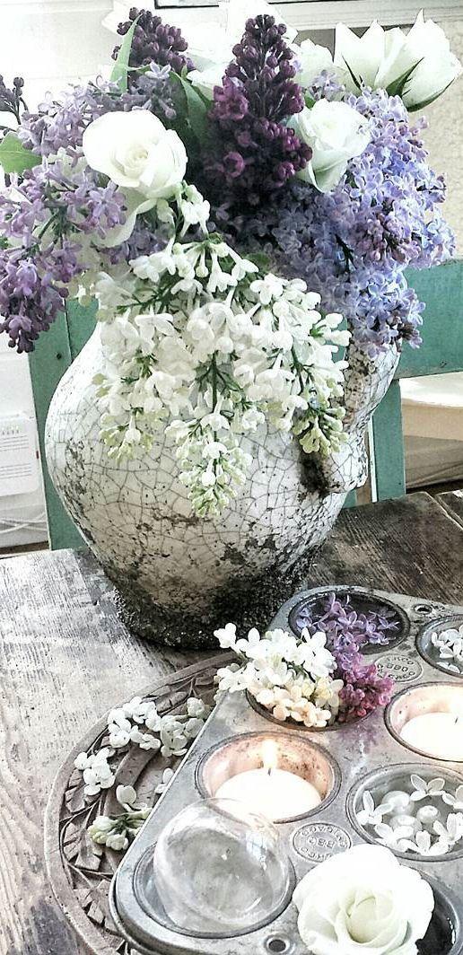 Farmhouse Decorating Ideas | Rustic Floral Arrangement
