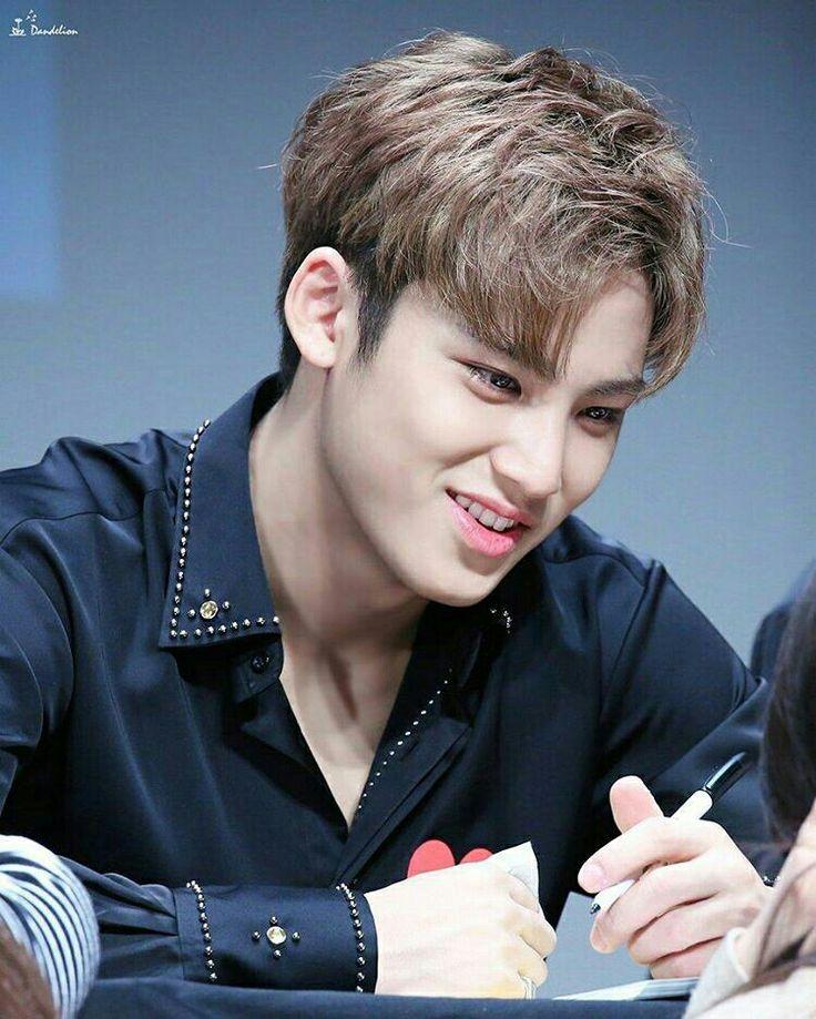 Voy a mejorar mis calificaciones por ti Mingyu y por todo Seventeen