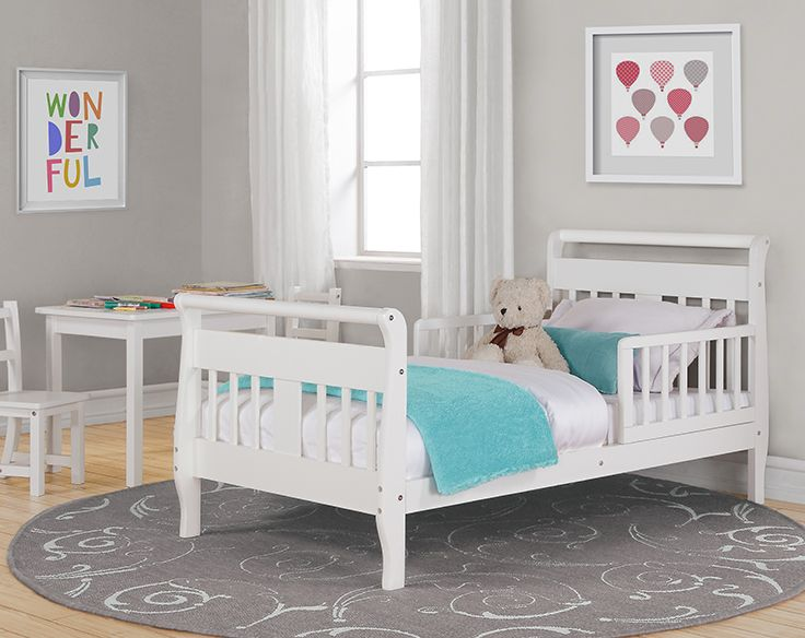 The Baby Relax Toddler Bed boasts a beautiful sleigh design with a rounded headboard, which enhances the overall look of the bed.