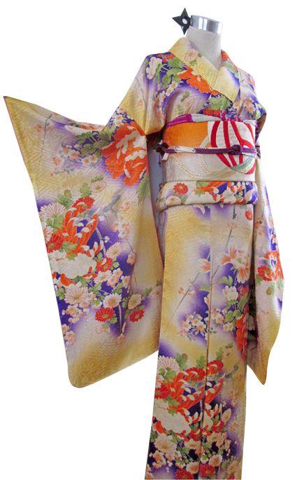 アンティーク着物ショッピングの影之流|牡丹、菊、梅…アンティークならではの雰囲気が美しい綸子キモノ♪