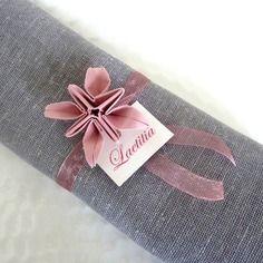 Rond de serviette marque place en origami  pour mariage - fleur vieux rose en papier - décoration table vintage - champêtre