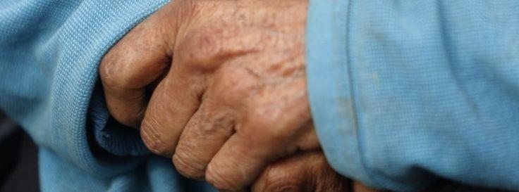 Estudio mostró que transfusiones de sangre ayudan a pacientes de Alzheimer - Cooperativa.cl