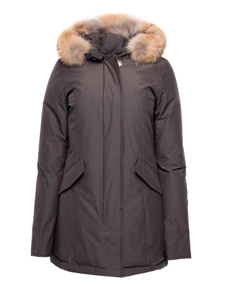 Woolrich WS Arctic Parka Grey Online op maddoxjeans.nl voor slechts € 699,95. Vind 26 andere Woolrich producten op maddoxjeans.nl.