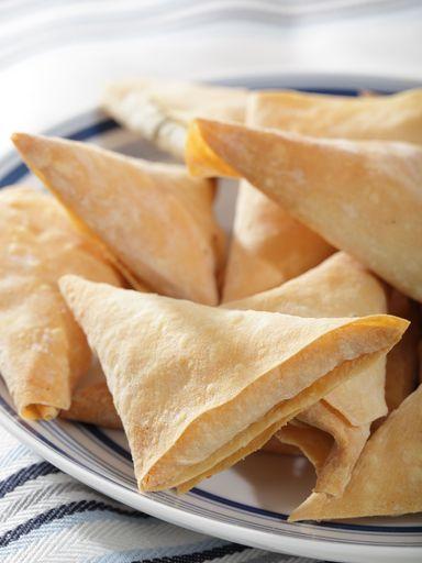 Bricks au poulet et au curry - Recette de cuisine Marmiton : une recette