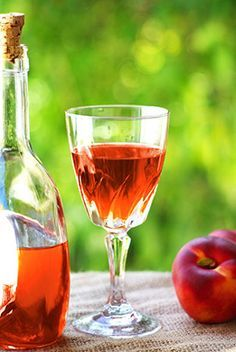 How to Make Delicious Peach Wine at Home