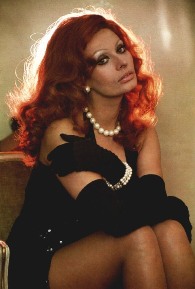 sophia loren love the gloves and red hair hair color pinterest models fashion and the ojays - Sophia Loren Hair Color