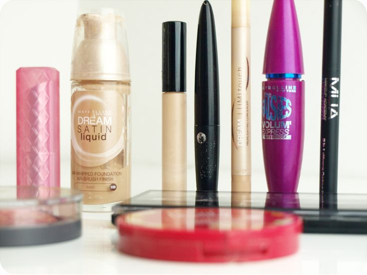 ! The Black Pearl Blog ! UK beauty, fashion and lifestyle blog: Top 10 drugstore makeup products and FOTD