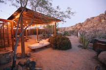 House in Joshua Tree, United States. The Joshua Tree Casita is a remote two bed one bath 1958 home located 20 mins from the west entrance of Joshua Tree National Park in Joshua Tree, CA.    This is a place for dreamers to reset, reflect, and create. Designed with a 'slow' pace in min...