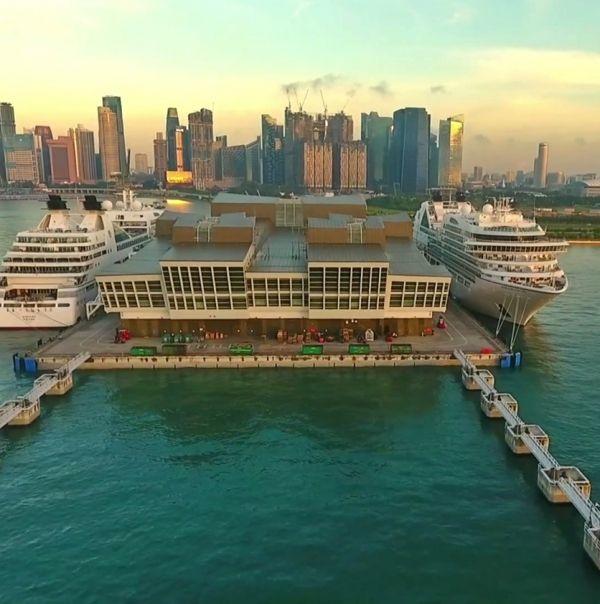 VIDEO: Seabourn Encore e Seabourn Sojourn arrivano a Singapore. Le immagini in HD dei droni
