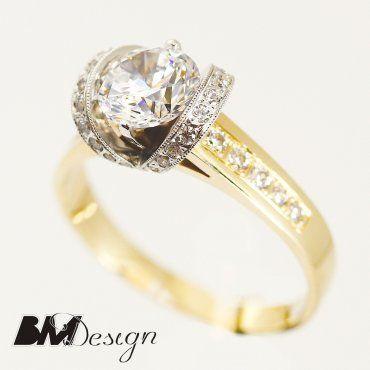 okazały pierścionek z diamentami dwa kolory złota zaręczynowy