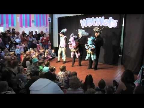 WotWots Puppet Show
