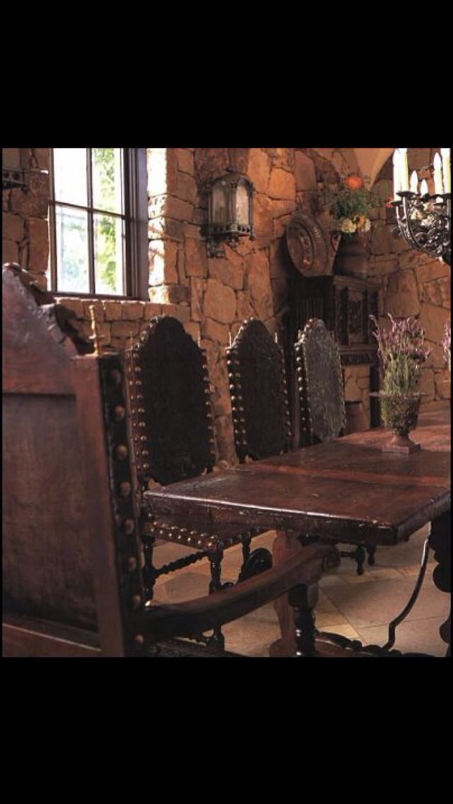 Beautiful! Great inspiration for Old World/ Mediterranean/Spanish style décor./ this is great