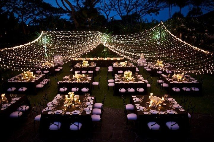 Delightful Square Tables With Rectangular Head Table, Chameleon Chairs, Canopy Of  Lights. Four Seasons