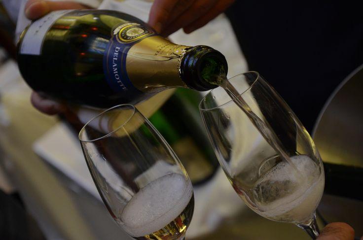Bubliny? Šampaňského není nikdy dost. Bubbles? Champagne...