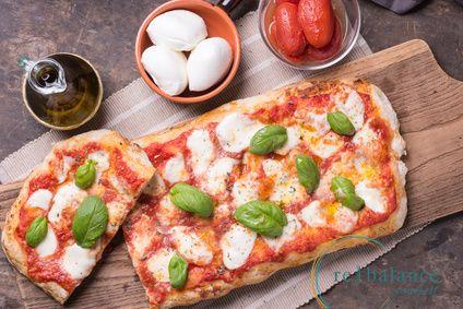 Συνταγή για αφράτη ζύμη πίτσας