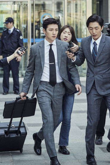 """[Drama] Even more behind-scenes photos of Ji Chang Wook in """"Suspicious Partner"""" 