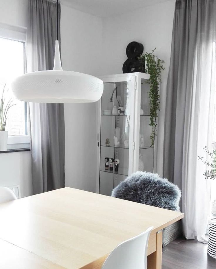 The Clava Dine lampshade creates a real focal point above the dining table in this image by @du.ich.wir.zuhause.