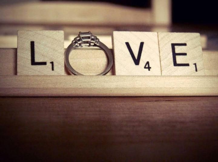Weekend-ul acesta invită-ți iubita la joacă! Ce spui de un joc de cuvinte sau poate o cerere în căsătorie jucată cu puțină imaginație și multă iubire? http://www.decomag.ro/