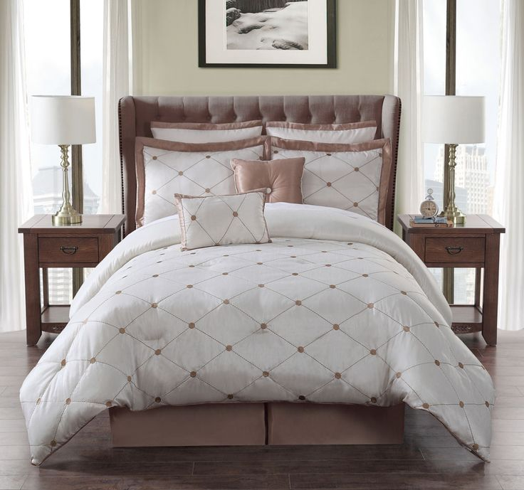 8 Piece  Queen Madeline Ivory and Gold Comforter Set