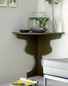 How to create a space-saving corner shelf