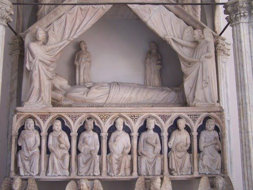 Tino di Camaino, Sepolcro di Maria d'Ungheria, 1325, Santa Maria Donnaregina, Napoli
