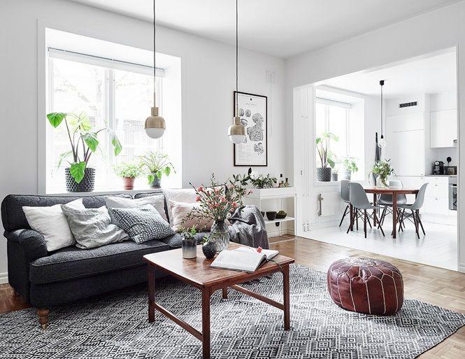 inspiracje w moim mieszkaniu: Skandynawskie mieszkanie z modną szarą sypialnią