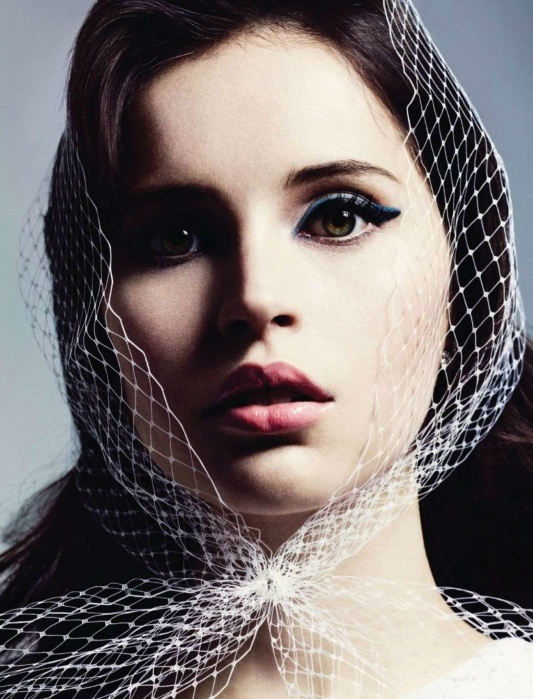 Felicity JonesMarcus Ohlsson, Marie Claire, Felicity Jones, Cat Eye, Makeup, Beautiful, Pale Pink, Pink Lips, Mary Claire