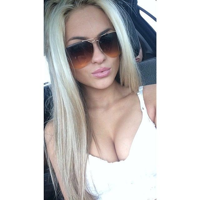 hot blonde girls in bras and sunglasses | 1000+ images about Hayley Stpierre on Pinterest