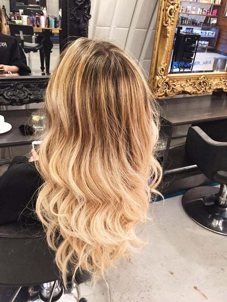 Wavy Blonde Balayage Hair Colour London Hairdresser For More Hairstyles And Our List Of