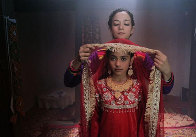 """Trailer Premiere: A Mother Saves Her Daughter From Child Marriage in Pakistan's Oscar Submission 'Dukhtar'"