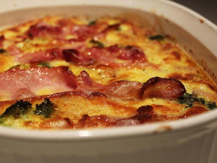 http://www.thebantingchef.co.za/recipes/chicken/chickenbroccolibaconcasserole.html