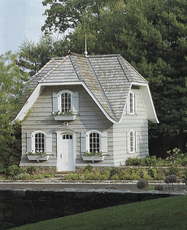 Cute little cottage!