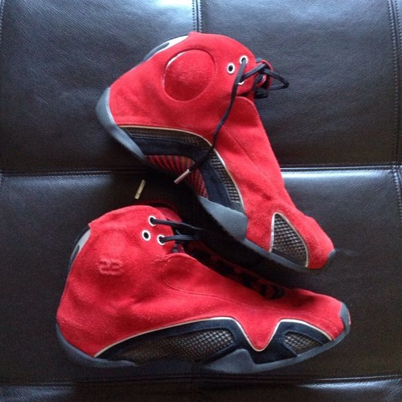 Rare Jordan 21 red suede Size 11.5 men's Jordan 21 red suede. Still have the box and shoes are in good condition. These are going for 300+ on eBay so I am pretty firm at $260 Jordan Shoes Sneakers